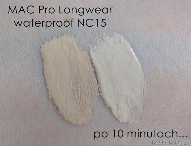 Jak ciemnieje MAC Pro Longwear Nourishing Waterproof NC15