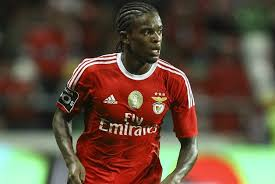A NEW STAR ON THE RIGHT FOR BENFICA  9070719a910d5