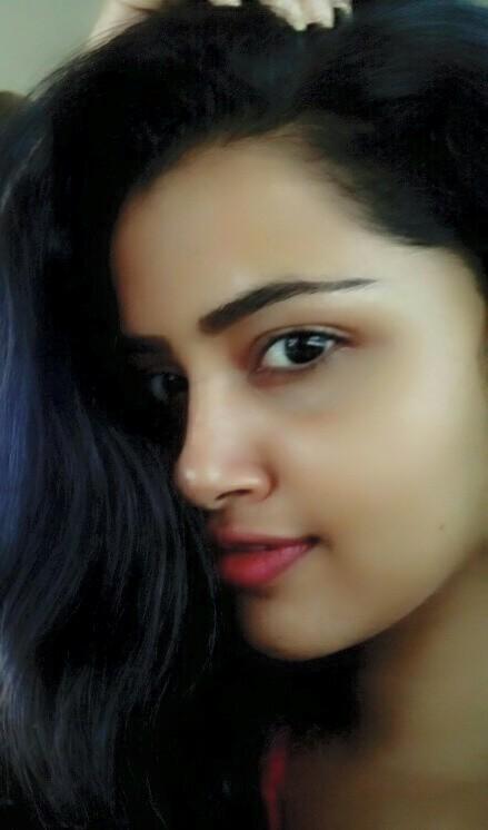 Actress Anupama Parameswaran Photos