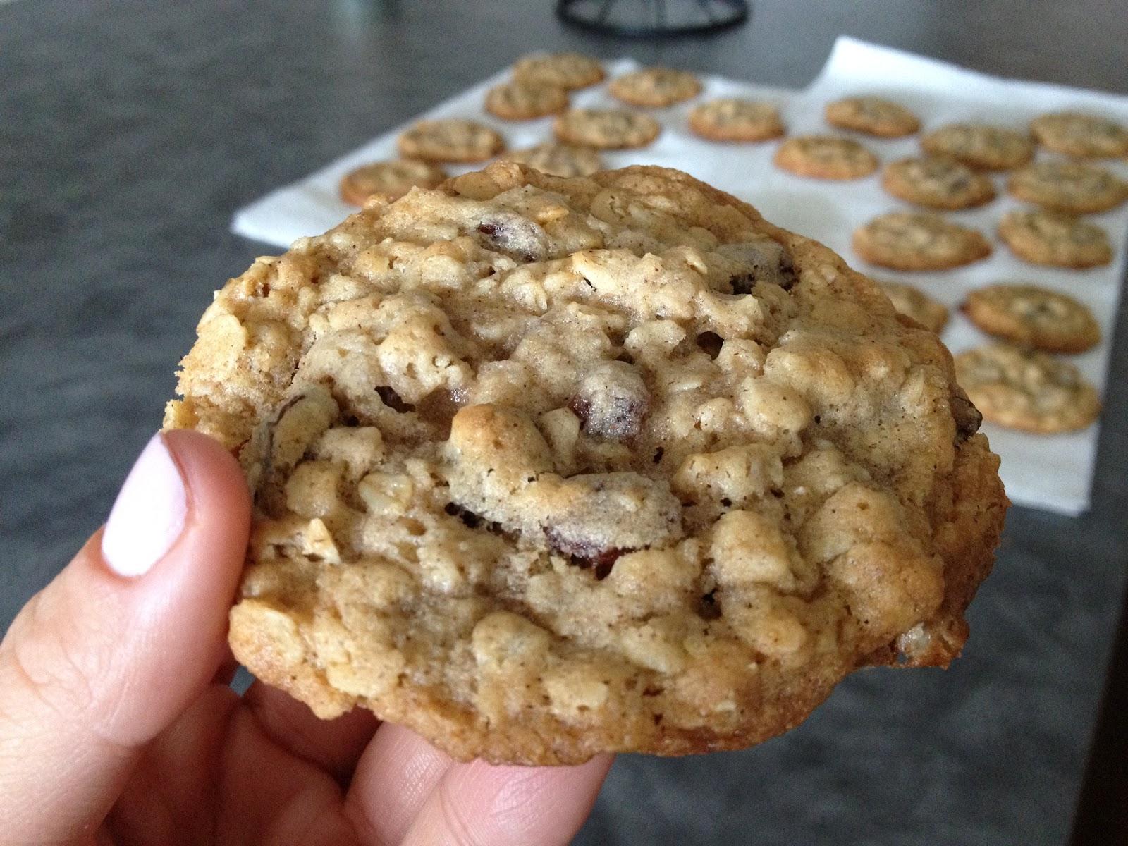 Oatmeal Raisin Cookies | Austinite Living the Yummy Life
