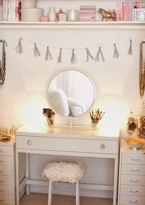 Cute Pinterest Vanity Table