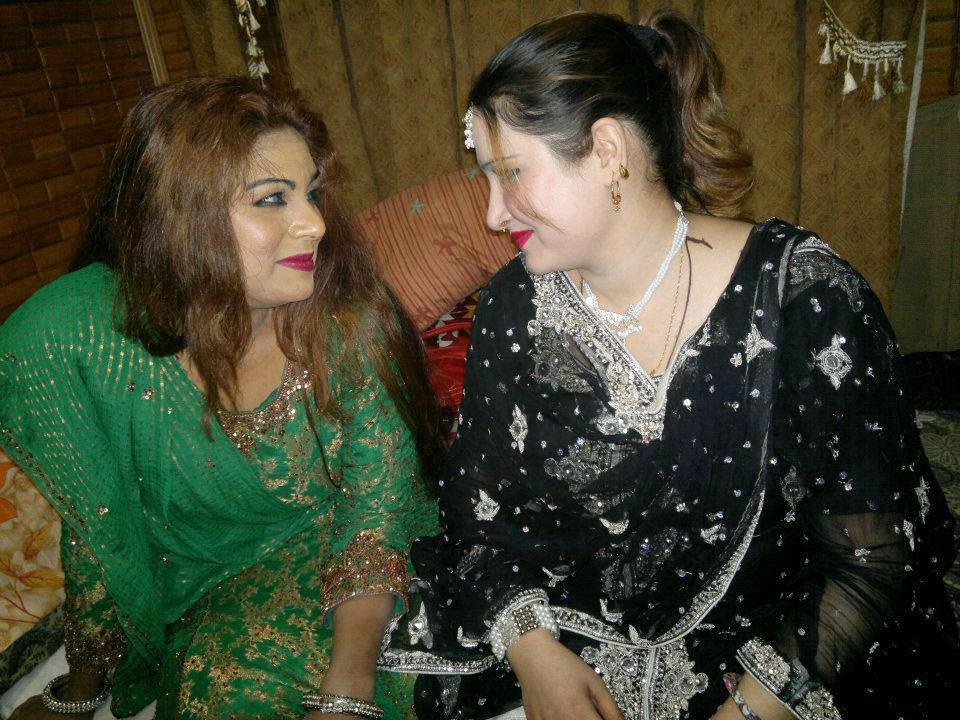 Asma Lata & Saima Naz