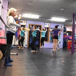 Northwoods Dance with Greatmats 3 part dance floor system