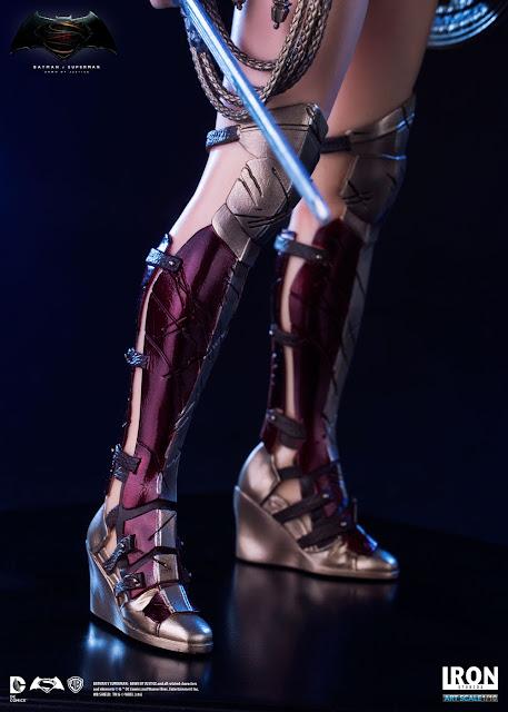 Mulher-Maravilha Iron Studios