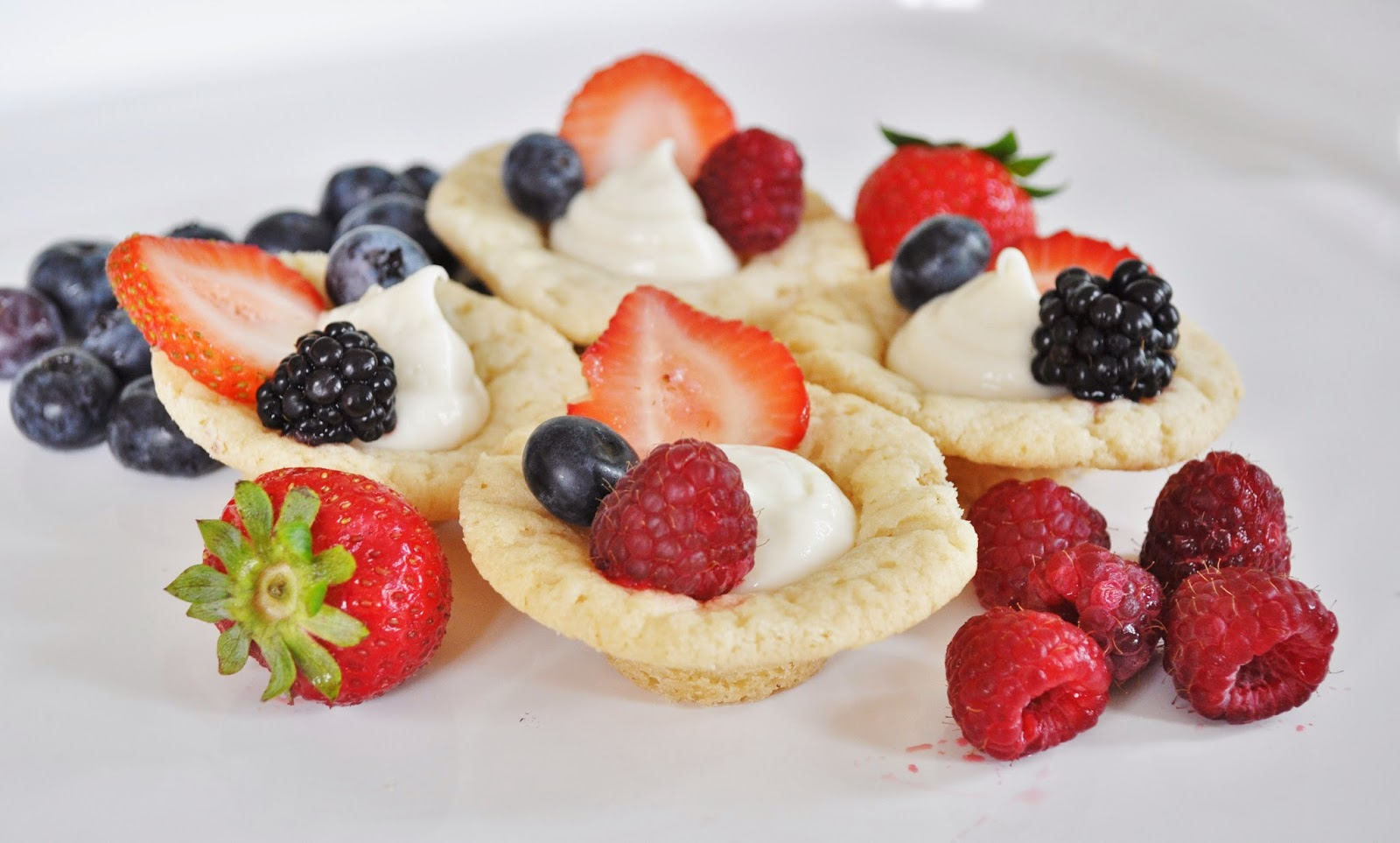 Yummy Mini Fruit Tarts