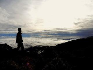 8. Gunung Rantemario, Sulawesi Selatan (3.478m)