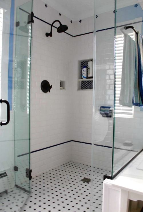 White diamond bathroom