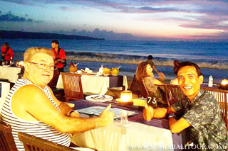 Seafood Dinner at Jimbaran Beach | Sunia Bali Tour