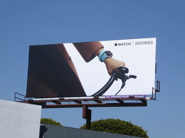 Apple Watch Hermès bicycle billboard
