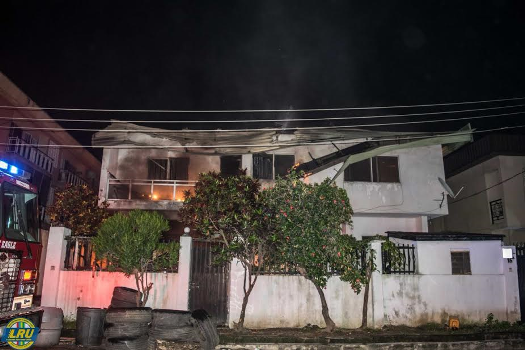 Photos: Residential building gutted by fire in Lagos