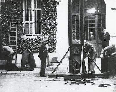 Prison de la Santé, Paris, 25 mai 1946
