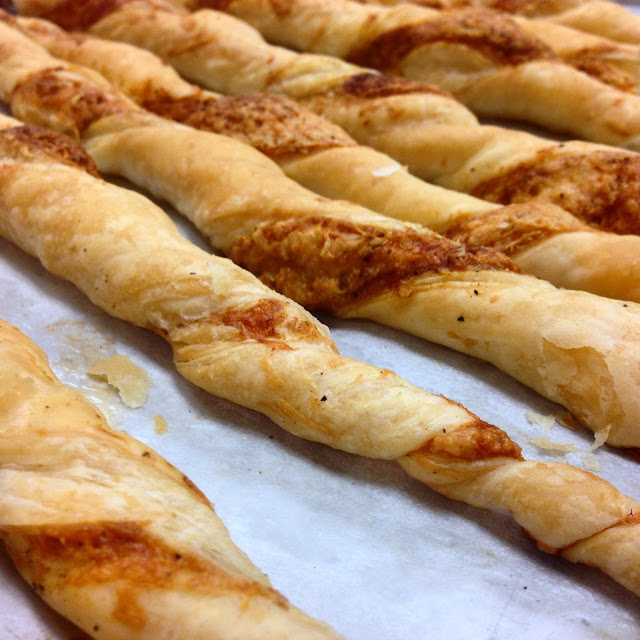 Cheese Straws Made with Puff Pastry Scraps
