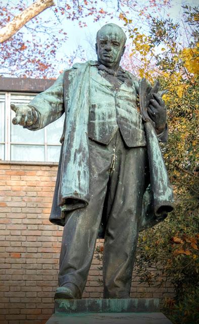Statue of Gustavo Modena, I Giardini Pubblici, Venice