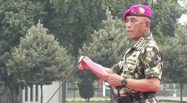 Menteri Pertahanan Ryamizard Ryacudu Serukan Perang Melawan LGBT