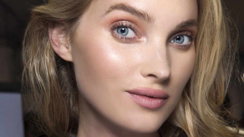 Must-have für dein Winter-Make-up: Lidschatten in Roségold