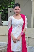 mannara chopra beautiful photos-thumbnail-18