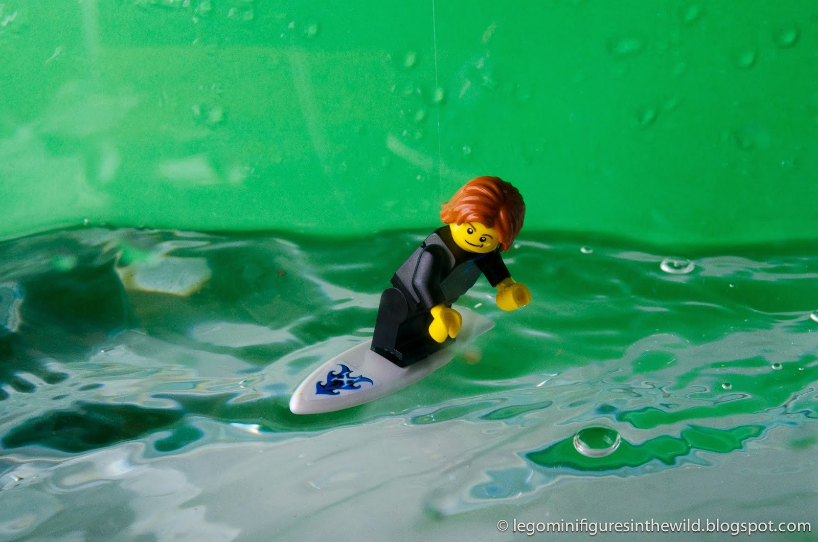 Lego Minifigure City Surfer - Wallpaper