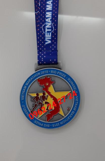nơi bán huy chương có sẵn, cung cấp huy chương giá rẻ, nhận đúc huy chương 2 mặt