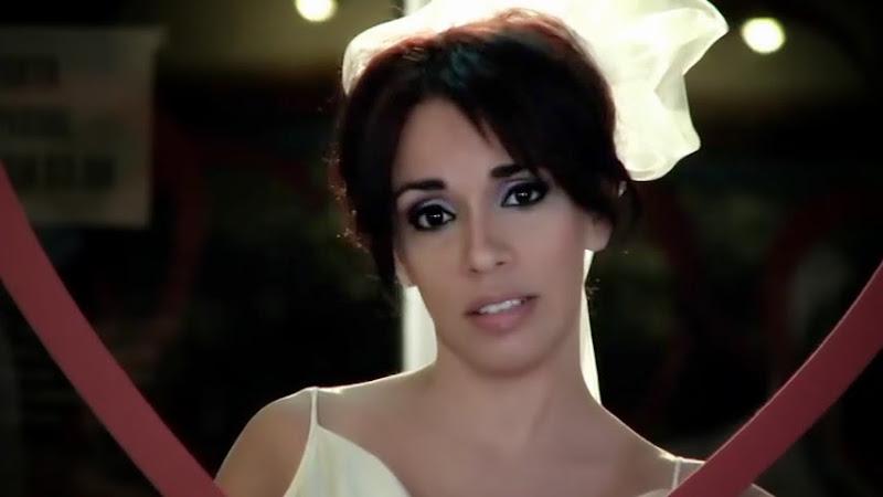 Gretel Cazón - ¨Quiéreme¨ - Videoclip - Dirección: Lester Hamlet. Portal Del Vídeo Clip Cubano