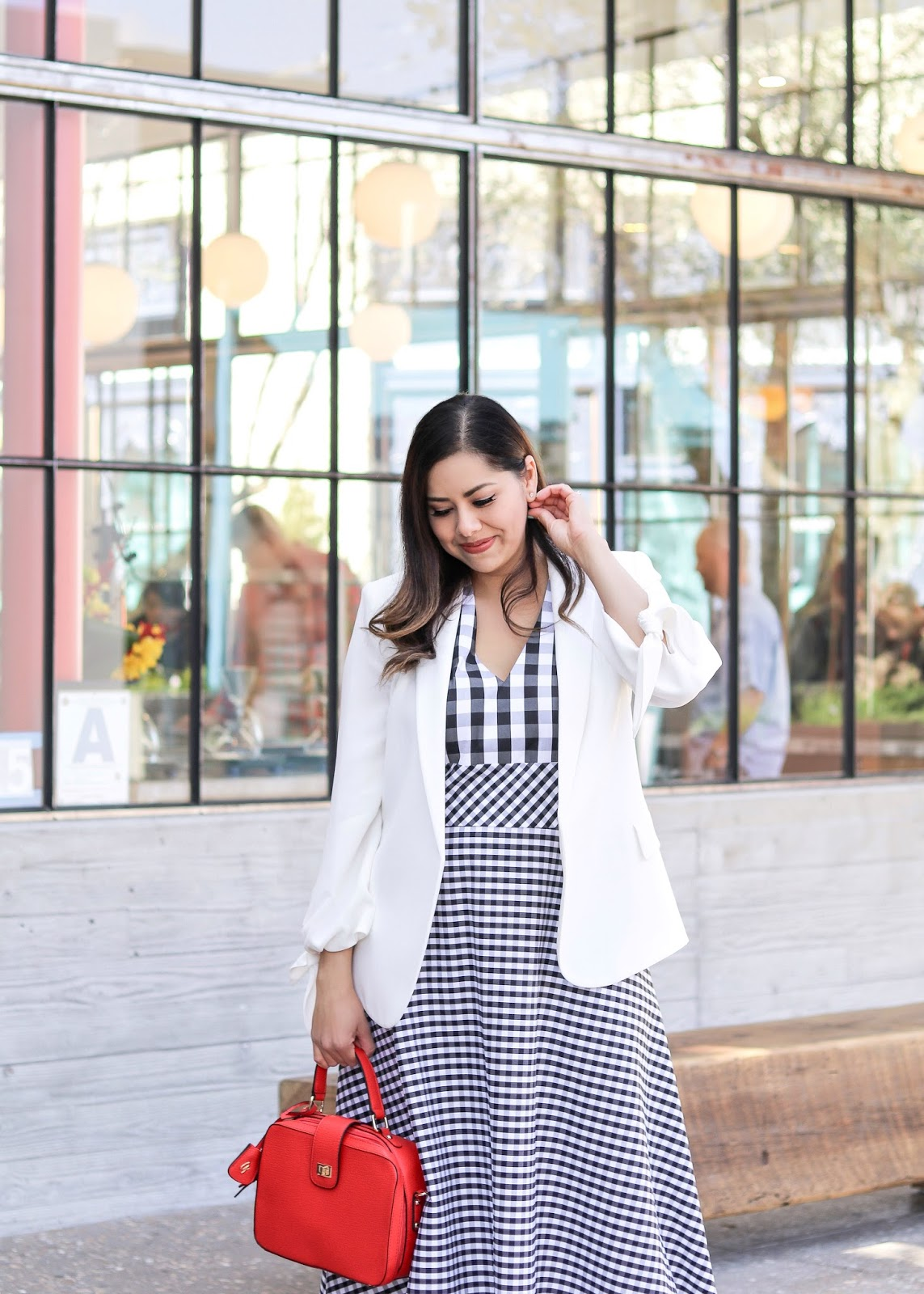 How to wear a midi dress, how to wear a gingham midi dress, black and white gingham dress