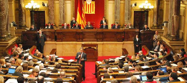 Administracion catalana y Comunidades Autonomas