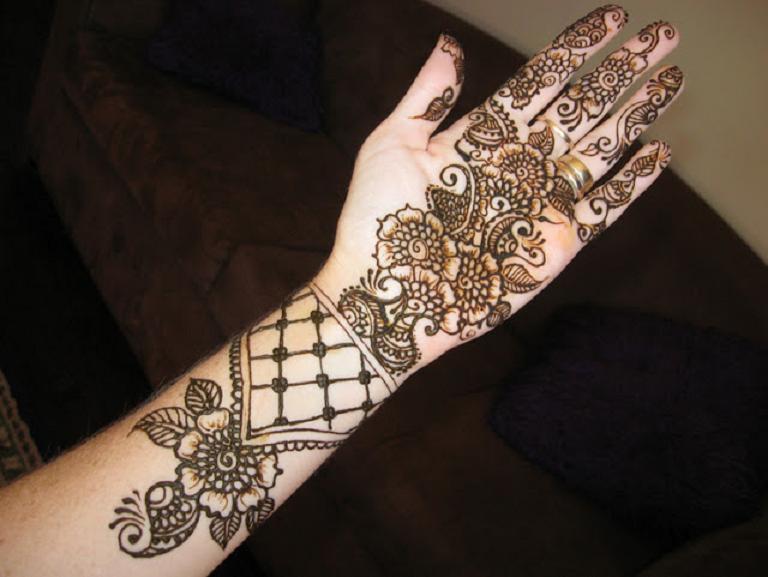 Bridal Mehndi Designs: Simple and Elegant Arabian Mehndi ...