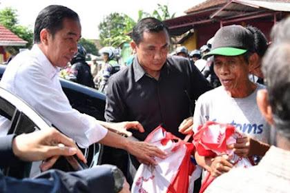 Pak Presiden Yang Terhormat, Stop Bagi-Bagi Barang, Rakyat Bisa Rusak