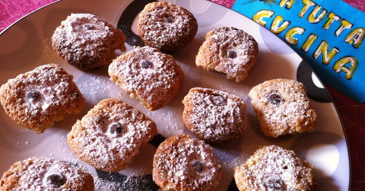 A tutta cucina biscotti alle noci e mele - Togliere silicone dalle piastrelle ...