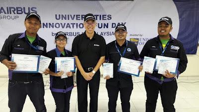 Congratulations to University Teknikal Malaysia Melaka champion of the Universities Innovation Fun Day by Airbus Group in Malaysia! (From left : Muhammad Luqman Arif, Ida Nurfarhana bt Marzukhe, Raymond Lim - Managing Director Airbus Customer Service, Ahmad Fauzan Kadmin, and Muhammad Amirul Shah)