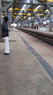 Mumbai :: Sunday Special Train block on 19/20.12.2015