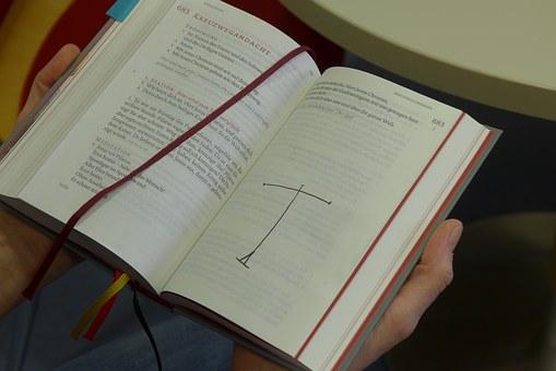 liturgi kreatif ibadah Pemuda
