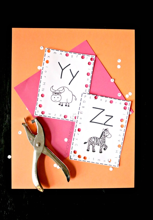Letter Hole Puncher.Uppercase Lowercase Alphabet Hole Puncher Cards School