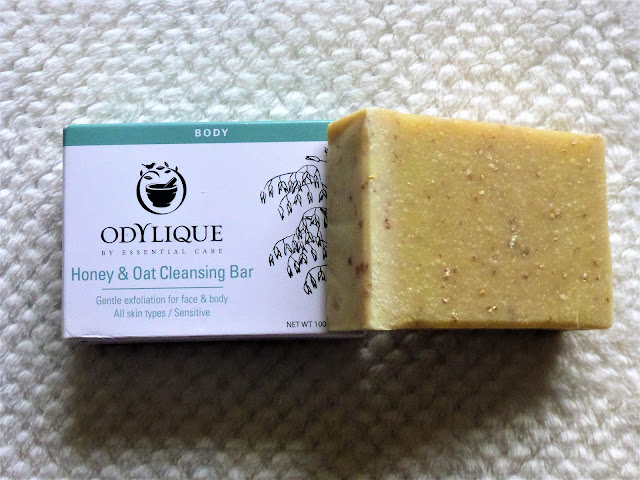 Odylique Honey & Oat Cleansing Bar