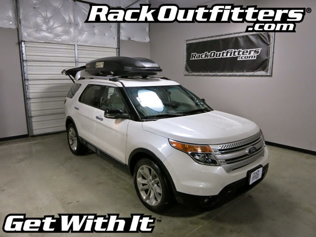 Ford Explorer With Yakima Skybox 18 Carbonite And Thule