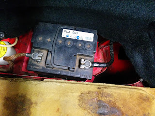 What is the correct Porsche 944 Battery Size?