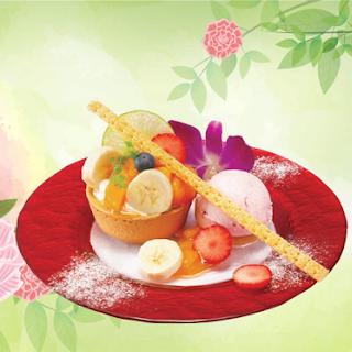 芳醇!マンゴー& バナナタルト 苺アイス添え (2019春)