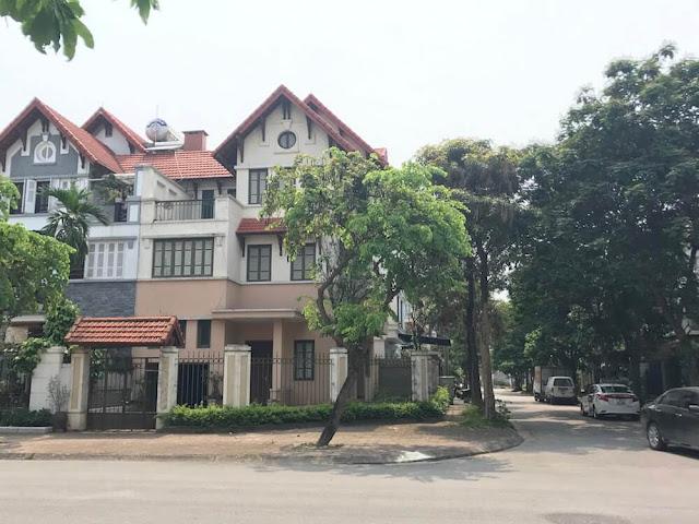 Bán Nhà Mặt Phố Việt Hưng