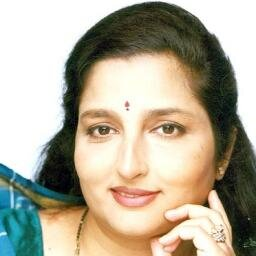 Anuradha Paudwal age, husband, singer, gulshan kumar marriage, family, date of birth, bhakti songs, bhajan, hit songs, kumar sanu,  aarti, ghazals, songs list