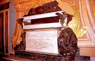 Pizarro's Grave, knowing Lima, Lima city tour, Religious Buildings