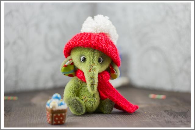 маленький слоник, игрушка