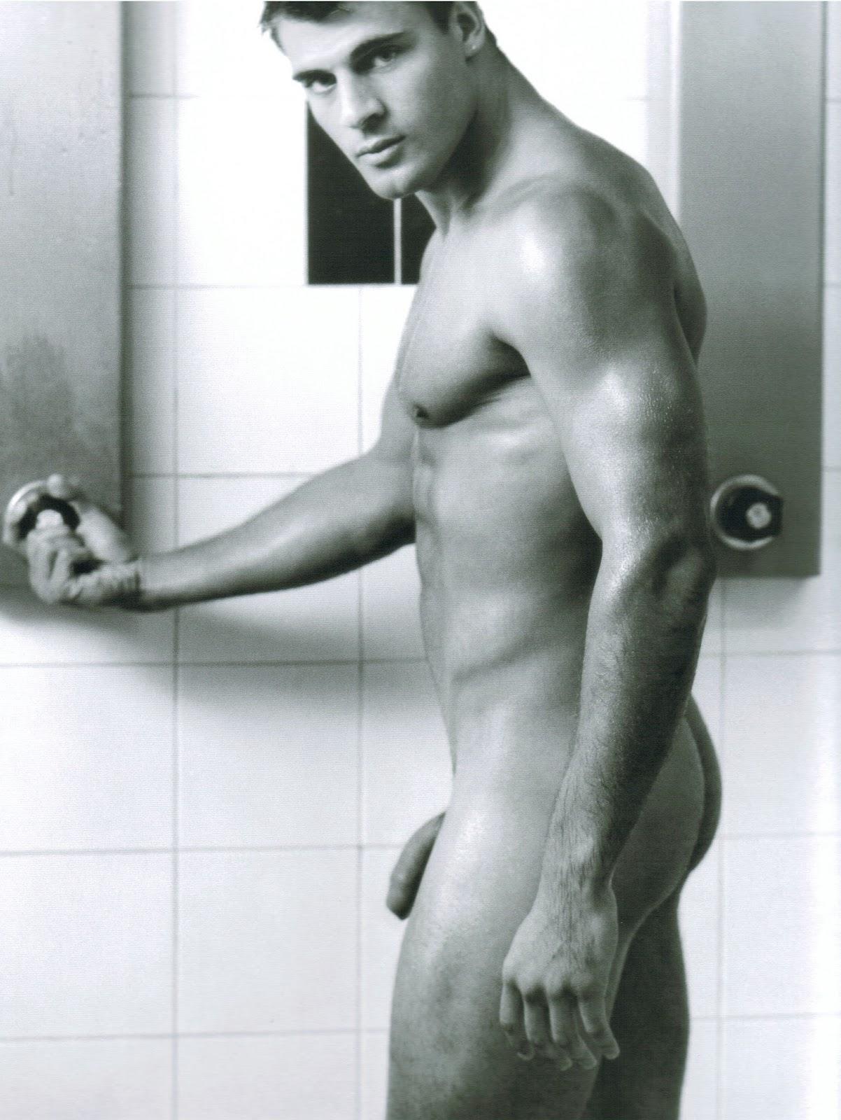 Фото знаменитости голые мужчины