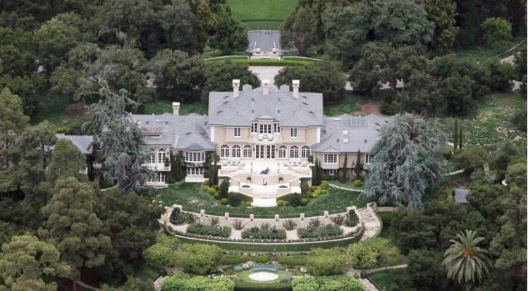 Take a peek inside oprah winfrey s multi million dollar montecito mansion - Residence de luxe montecito santa barbara ...