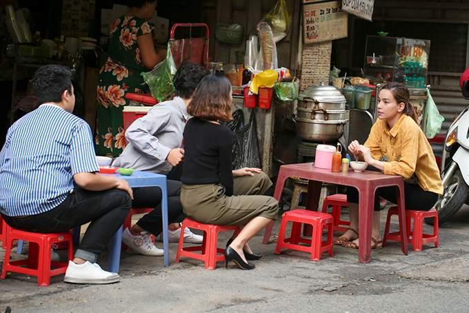 Hồ Ngọc Hà muốn 'bỏ trốn' khỏi Sài Gòn sau khi đóng gái quê - Ảnh 2