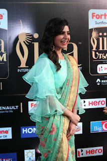 Samantha Ruth Prabhu Smiling Beauty in strange Designer Saree at IIFA Utsavam Awards 2017  Day 2  Exclusive