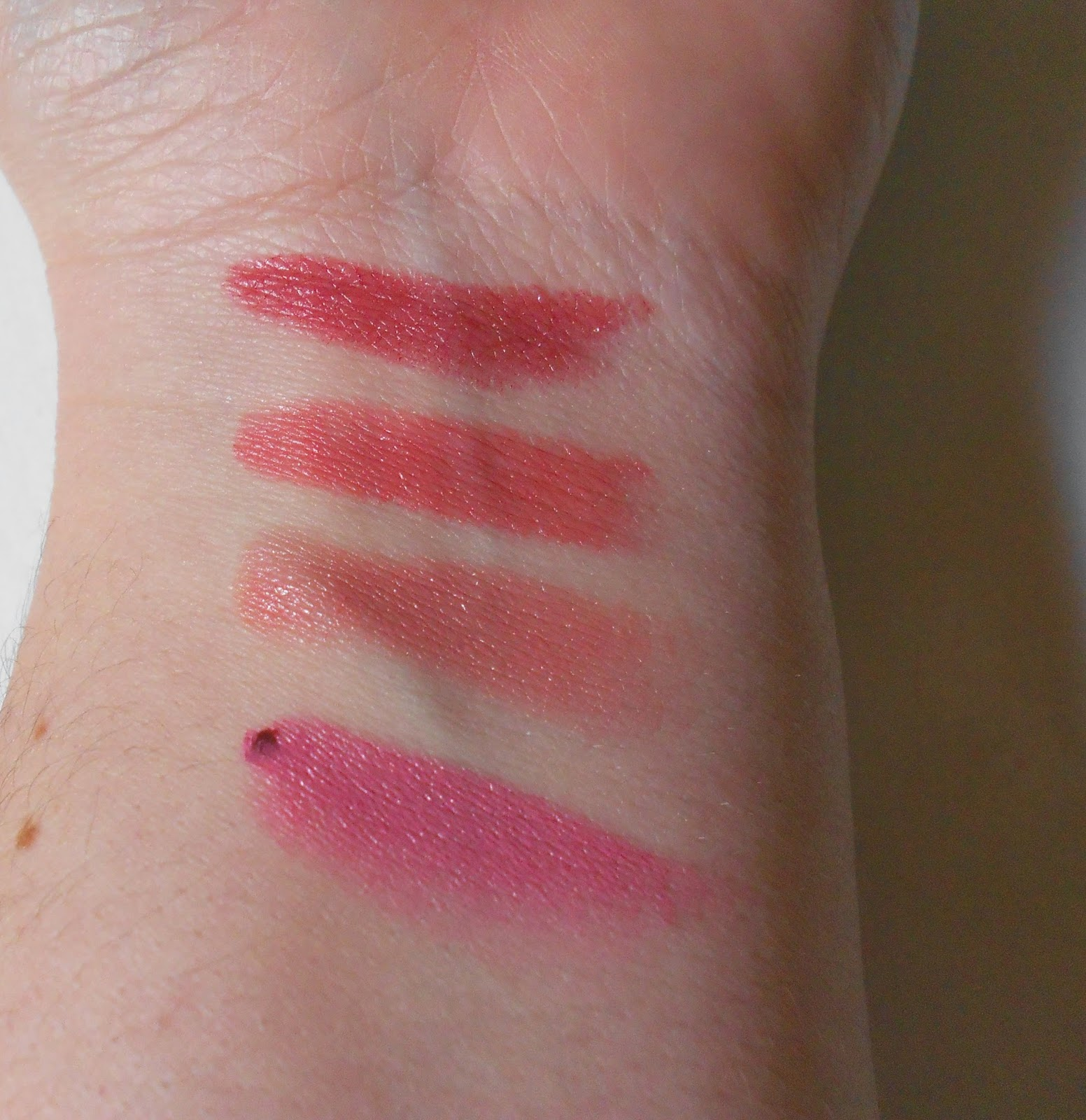 Elf lipstick Posh, Seductive, Charming e Classy Swatches