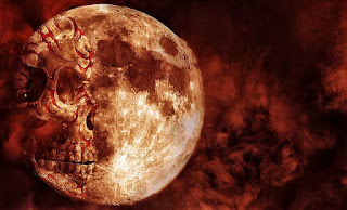lua com sombra interna em forma de caveira