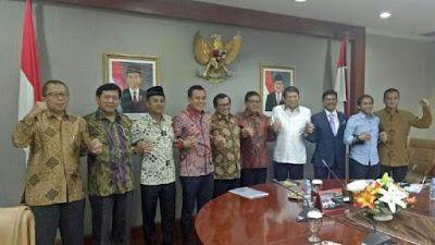 Hasil Pertemuan Sekjen, Cawapres Jokowi Dibahas Usai Pilkada 2018 - Info Presiden Jokowi Dan Pemerintah