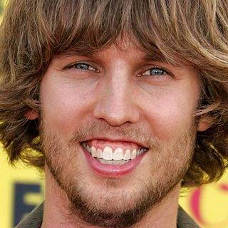 people with buck teeth