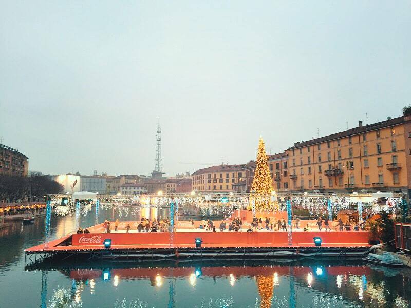 mercatini-natale-milano-darsena-navigli