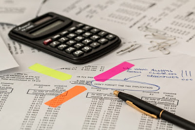 A picture of transaction tax being calculated.